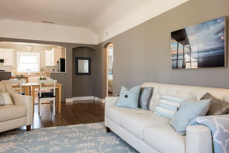 Inviting & Private Apartment in ideal neighborhood