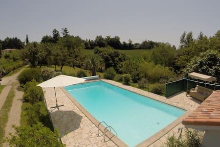 Maison avec piscine chauffée - Castelnau-Chalosse - Haus