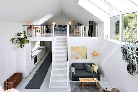 Atelier - 2 etager i åbne plan - Aarhus C