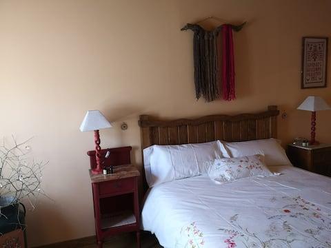 Double with private bathroom Camino de Santiago. PARDAL