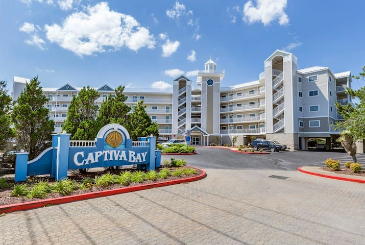 Captiva Bay 101 is a spectacular 3 Bedroom/2.5 Bath Bayside Condo in Ocean City, Maryland with a Rooftop Pool.