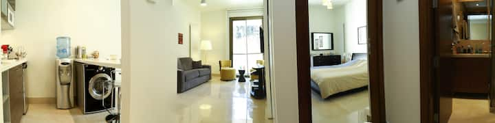Self Check-In 1BR Apt -in Saifi,FREE GYM & Parking