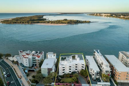 Caloundra Apartment with Private Rooftop Terrace