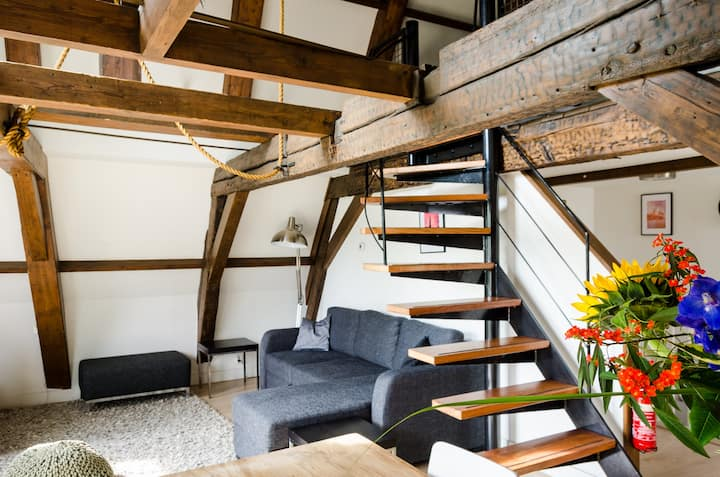 City Centre Loft #4 - Apartments for Rent in Amsterdam ...