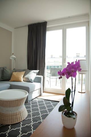 Bright Terrace Apartment next to Schönbrunn Palace - Wiedeń - Apartament