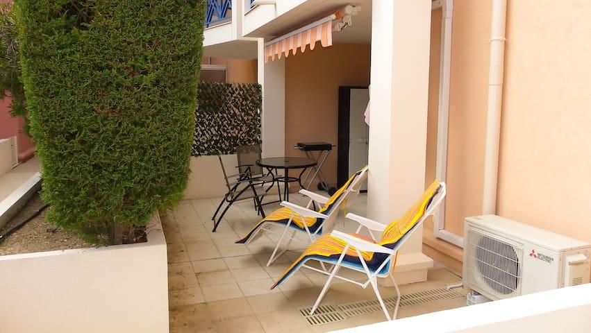 Beau 2 pièces cosy terrasse sur port fréjus - Fréjus