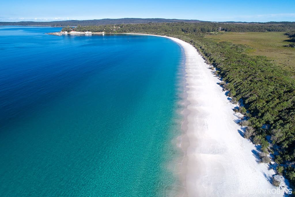 Beautiful Hyams Beach - Jordan Robins Photography