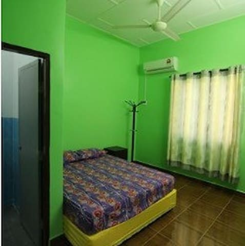 Pangkor Homestay Private Bedroom airconditioned.