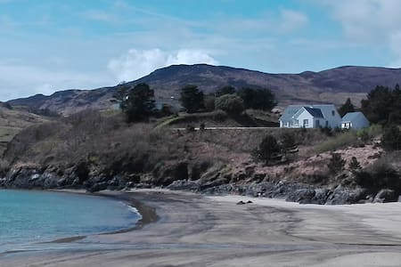 Beautiful, hidden house in Donegal - Doonin - Casa