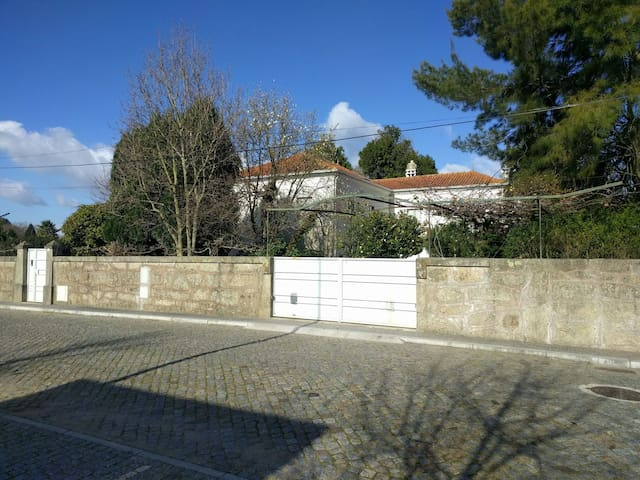 Charming Family Nest - 15 minutes from Porto