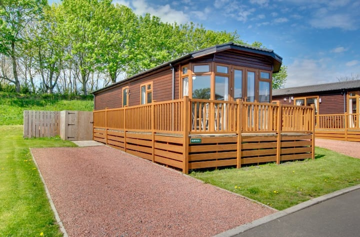 Bluebell Hot Tub Lodge, Northumberland