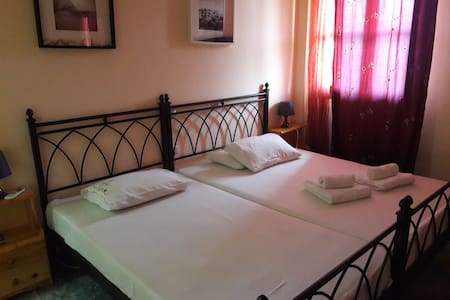Villa Park Holiday Rooms - Paralio Astros - (ukendt)