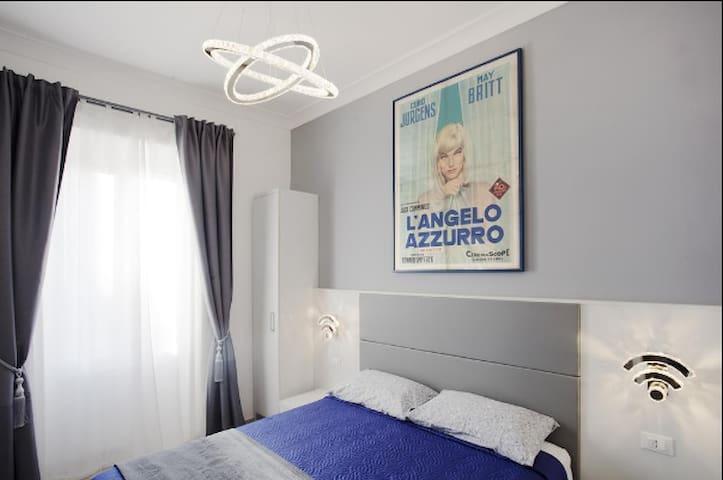 Luxury apartment near Termini in Rome room 5