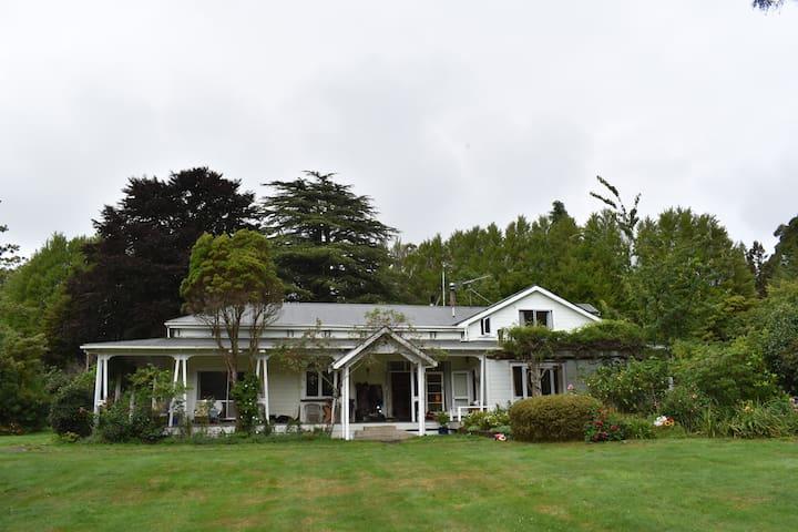 Central Hawkes Bay  Rural Retreat