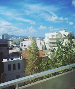 Sunny room at the center of Heraklion - Appartement