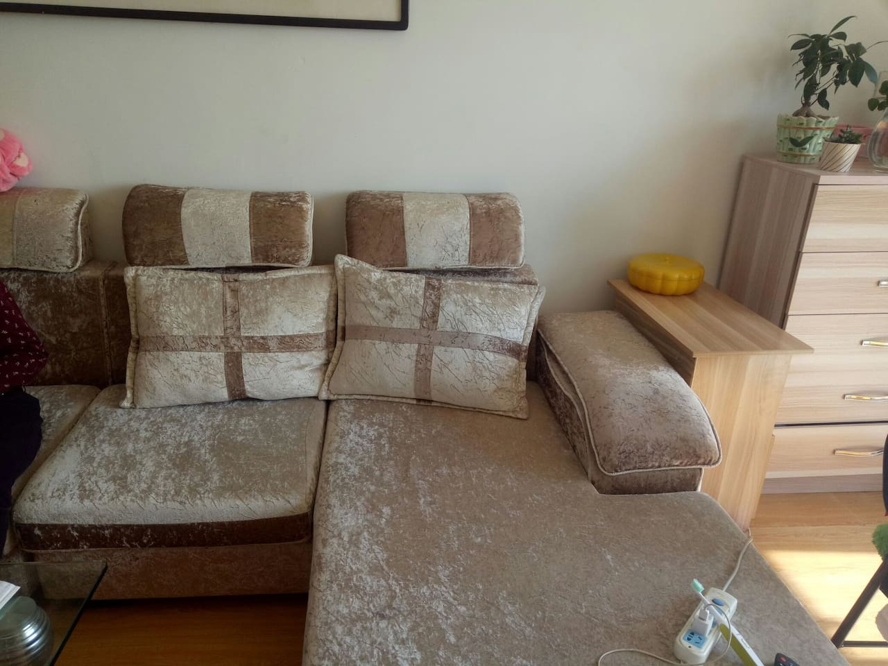 舒适的沙发。
