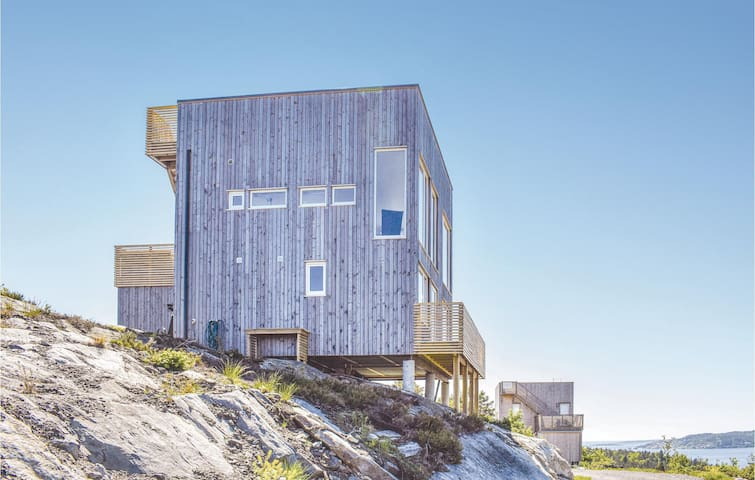 Holiday cottage with 4 bedrooms on 80m² in Søndeled