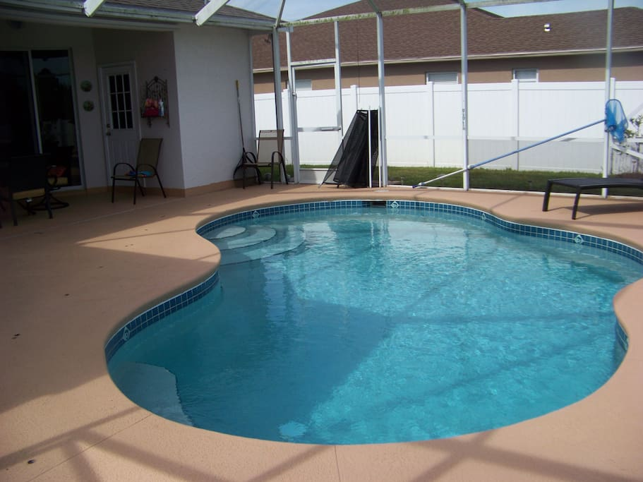 Pet friendly heated pool home 3 bedrooms lanai case in for Piani di casa in florida con lanai