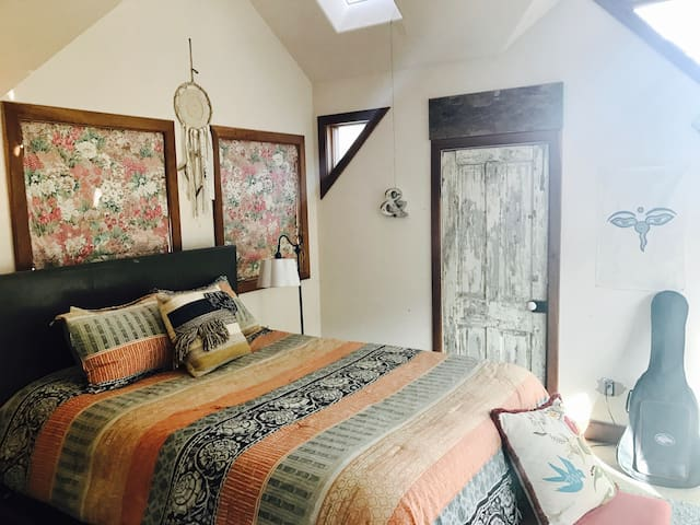 Beautiful Room with Deck in Downtown Telluride - Telluride - Casa