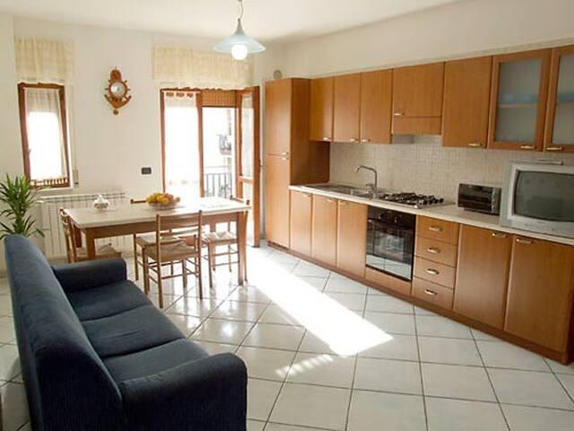 Case Vacanze Kaora - Appartamento Magnolia - Agropoli - Lägenhet