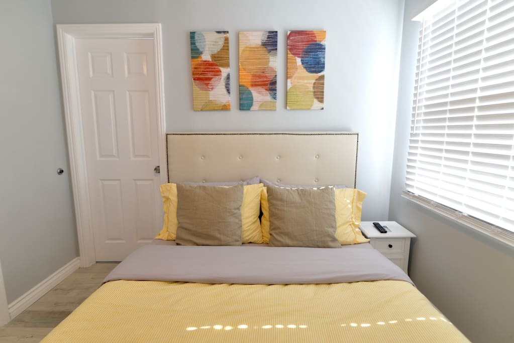 Master Bedroom equipped with Super Comfy TEMPURPEDIC Mattress with waterproof bed bug proof mattress cover and TV.