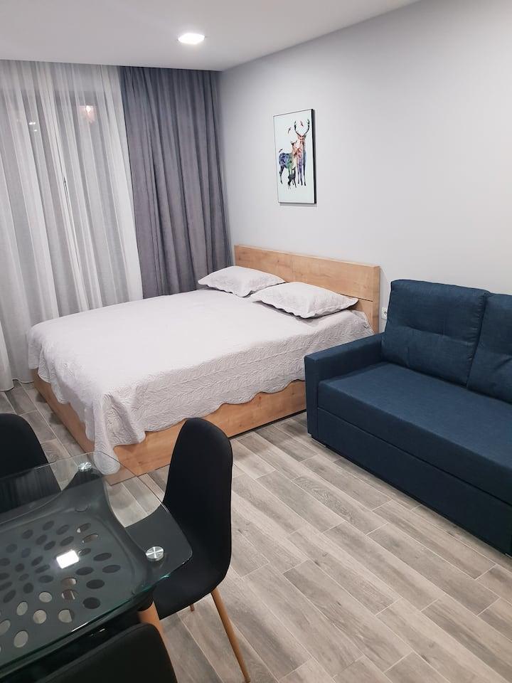 Red-co, loft 1, flat 2, room 205