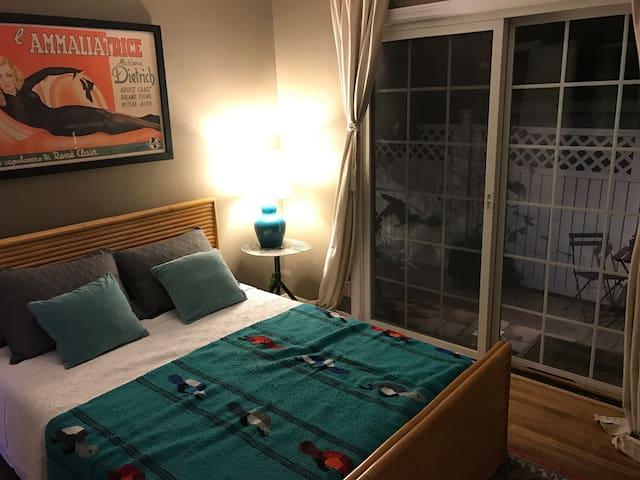Jen's Garden Guest Room - Los Angeles - Haus