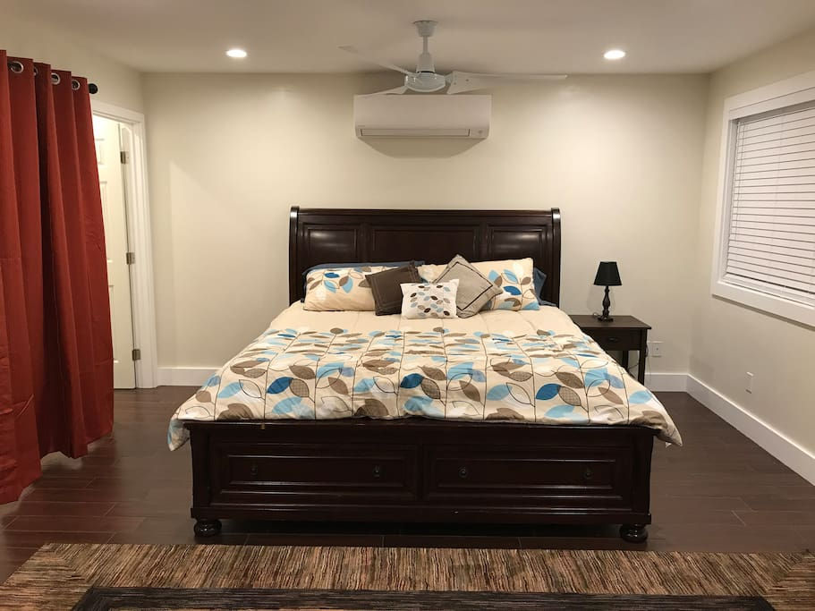 AC Unit above bed