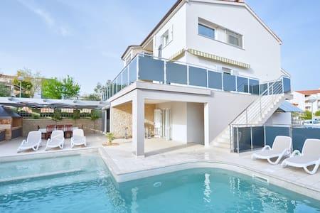 Villa Oliva Verde - Vinkuran - Villa