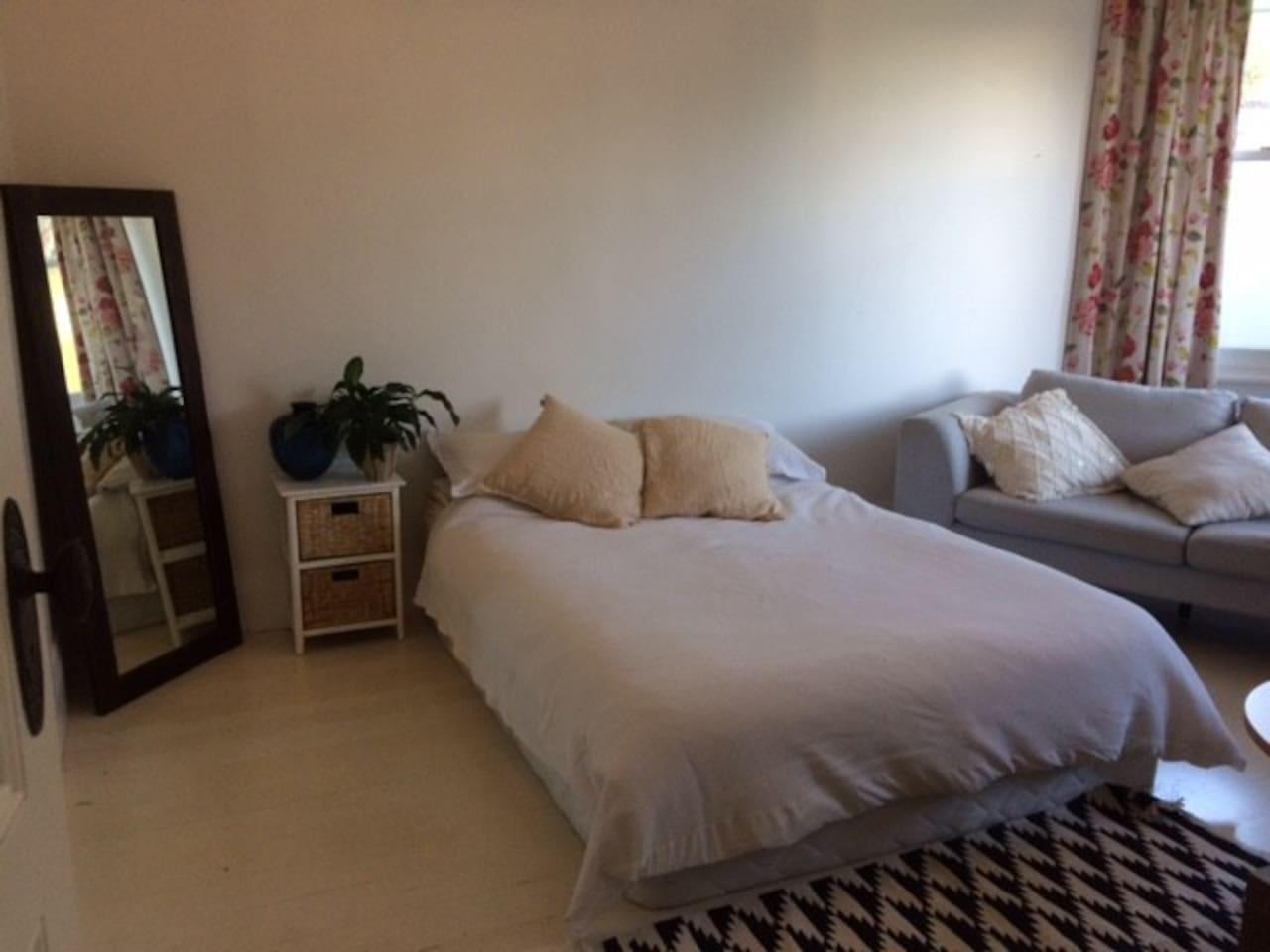 Huge double bedroom with ensuite