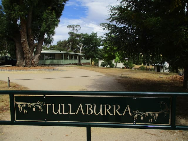 Tullaburra Farm Stay and Horse agistment - Durham Lead - Cabaña