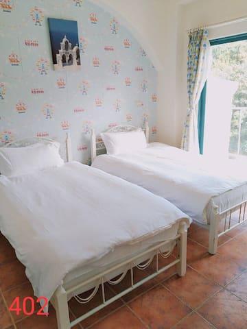 402.七星潭雙人房兩張單人床