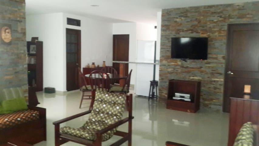 Apartamento amplio para familia