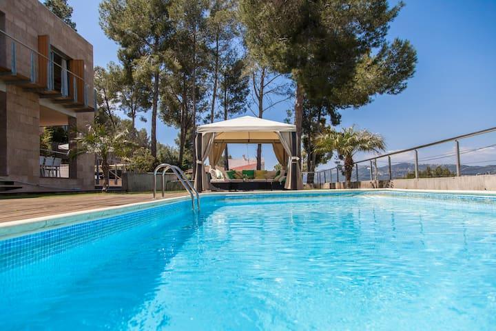 Villa Sitges Vista Verde a 10 minutos  8/14 person - Olivella - Villa