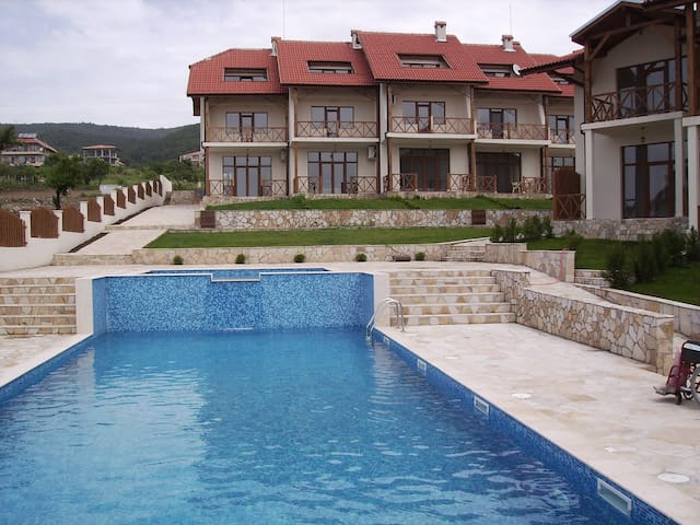Private House with pools on black sea coast