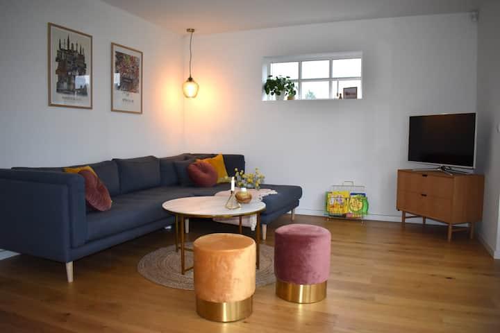 Familievenlig nyrenoveret villa tæt på København