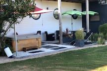Spa et sa terrasse