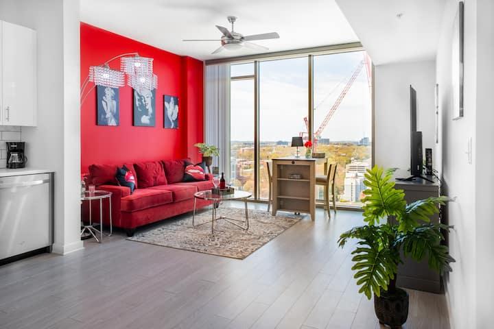 Marilyn MonRED Retreat Suite