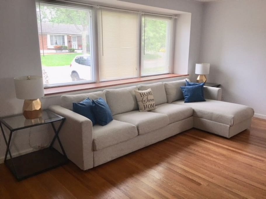 Large Living Room with comfortable sectional sofa