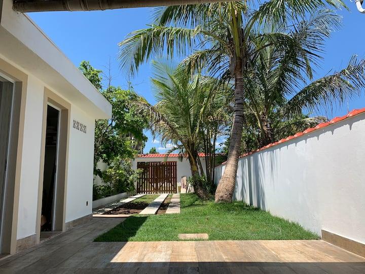 Casa Indaiá Bertioga 600 mt da praia com conforto