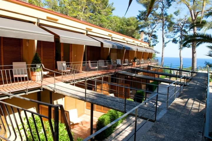 Double room forest with breakfast at the heart of Costa Brava - Santa Marta Hotel