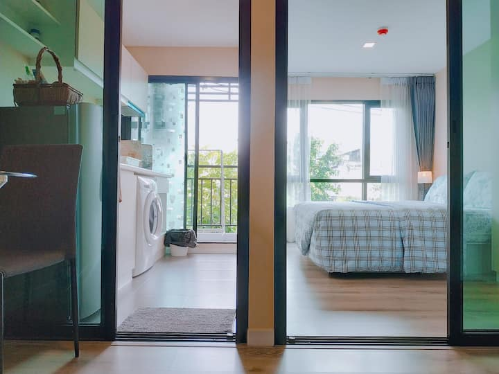 Perfect!1BR+Wifi/5mins to BTS Pu Chao(E16)and mall