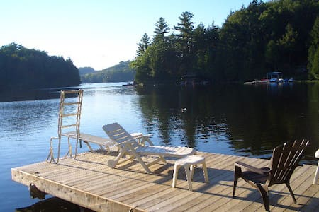Blackstone Lake Cottage - Parry Sound - 小木屋