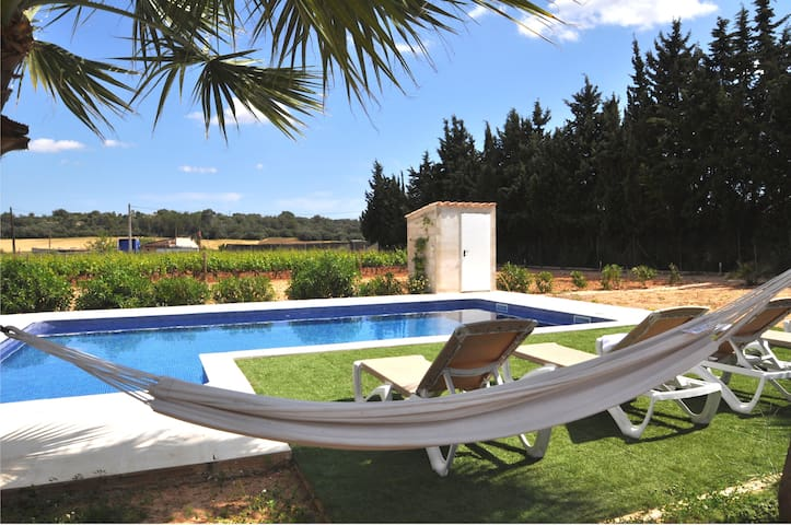 Private villa, salt pool, bikes, Play Station 3 AC - Biniali - Xalet