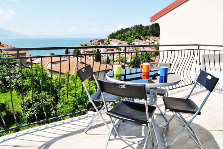 Lake View Apartment Ohrid