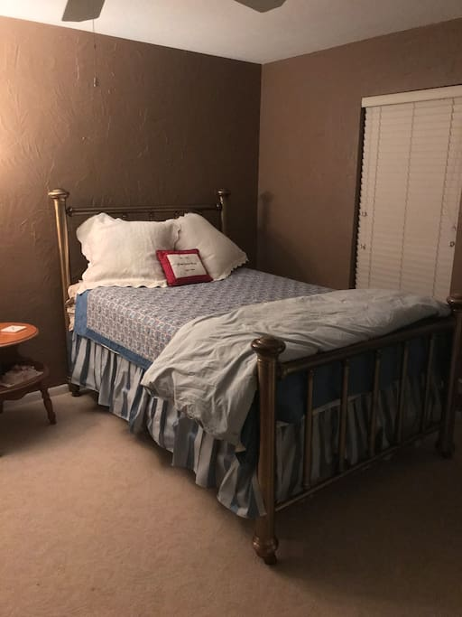 Second double bed in 2nd bedroom