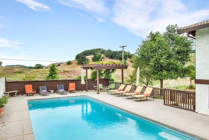 Cerro Pampa Polo Ranch Hacienda Property w/Pool