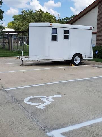 ONLY:Van/RV Parking, Electric Hookup, WiFi & Water