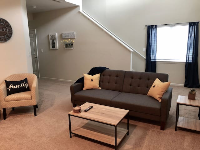 Walking Distance From Downtown!