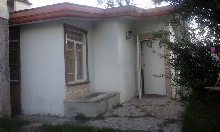 Habitación cerca a CU (BUAP)